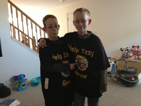 Izzy Life  T-Shirt Photo