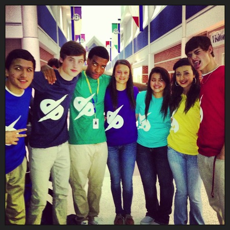 Demo Productions Dp True Friends! T-Shirt Photo