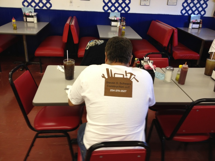 Pepe T-Shirt Photo