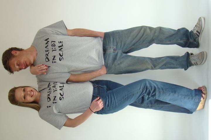 Model Roller Coaster Hq Promo Photo Shoot T-Shirt Photo