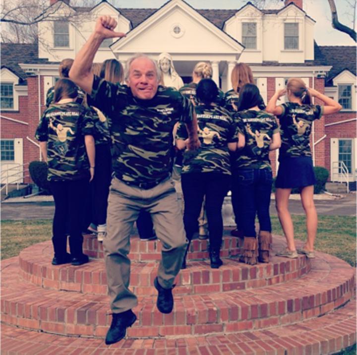 Nelson's Advisory T-Shirt Photo