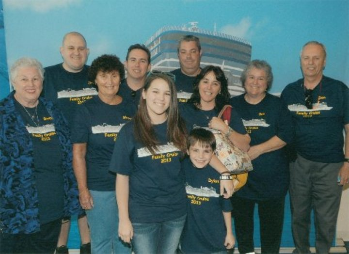 Family  T-Shirt Photo