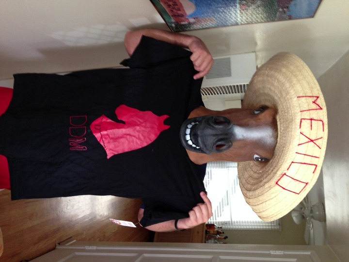 Derby De Mayo 2013 T-Shirt Photo