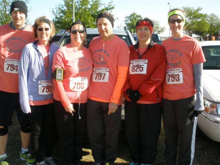 A Cold Morning At The Parkinson's Run In Okc T-Shirt Photo
