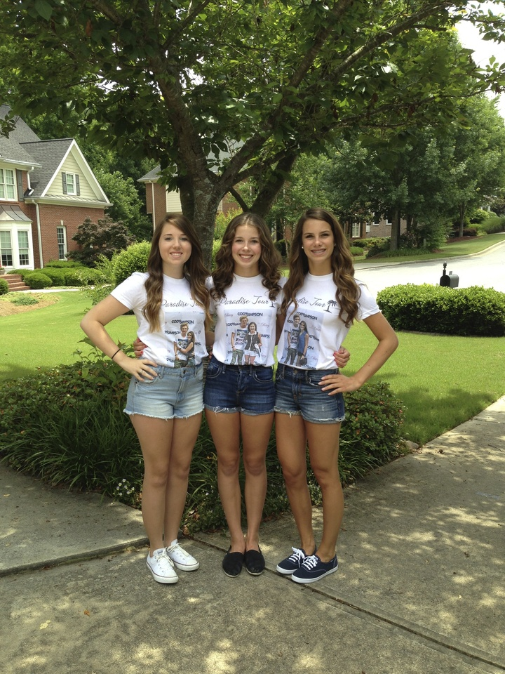 Cody Simpson Paradise Tour Atl T-Shirt Photo
