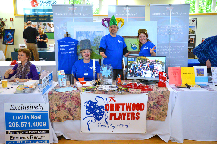 Driftwood Players Promote Season 2013 2014 At Business Expo 2013 T-Shirt Photo