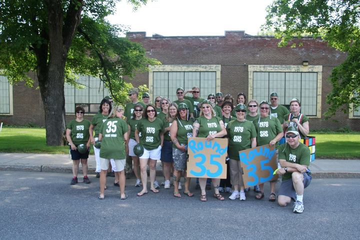 Round 35 For The Shs Class Of 1978 T-Shirt Photo