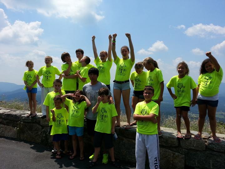 Week 2 Summer Camp Kids On Skyline Drive, Virginia T-Shirt Photo