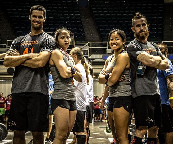 Team Ksac Powered By Hme At The 2013 Hawaii Va Showdown T-Shirt Photo