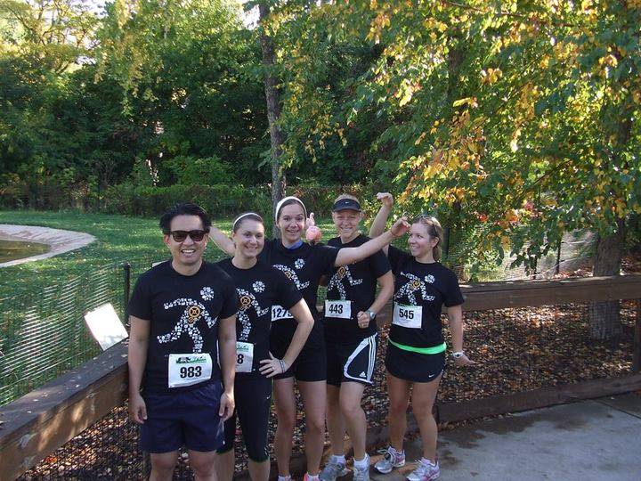 Vonlay Runners   For The Birds! T-Shirt Photo