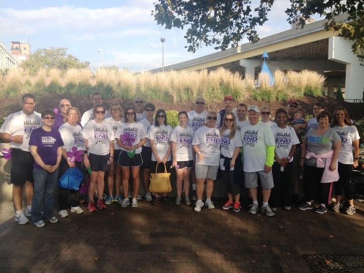 Drees Homes   Walk To End Alzheimer's   Cincinnati T-Shirt Photo