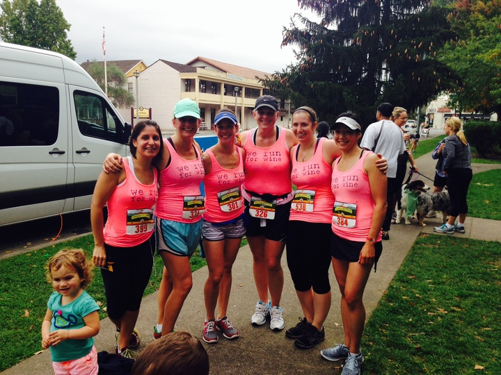 Wine Country Cross Fit Ladies Run The Sonoma Vintage Festival 12 K T-Shirt Photo