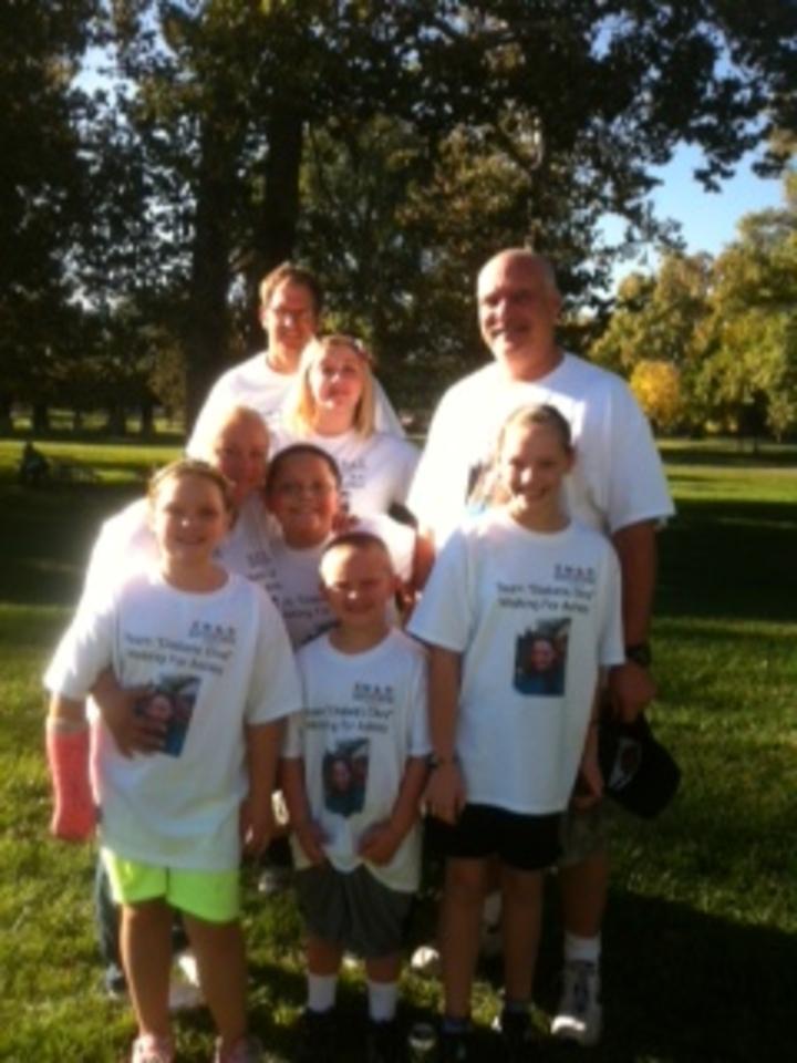 2013 Jdrf Greater Dayton Walk  T-Shirt Photo