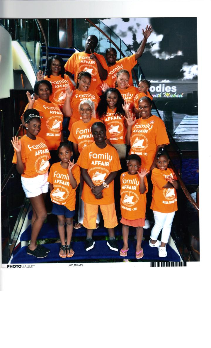 Armstrong Family Cruise T-Shirt Photo
