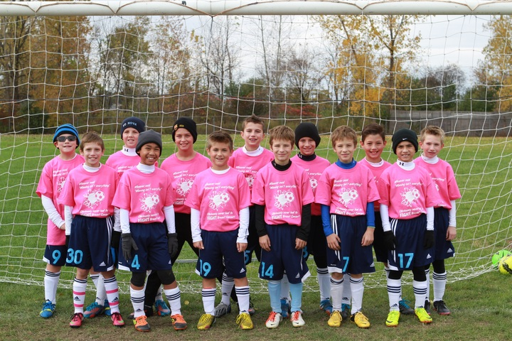 Support Breast Cancer Awareness Game T-Shirt Photo