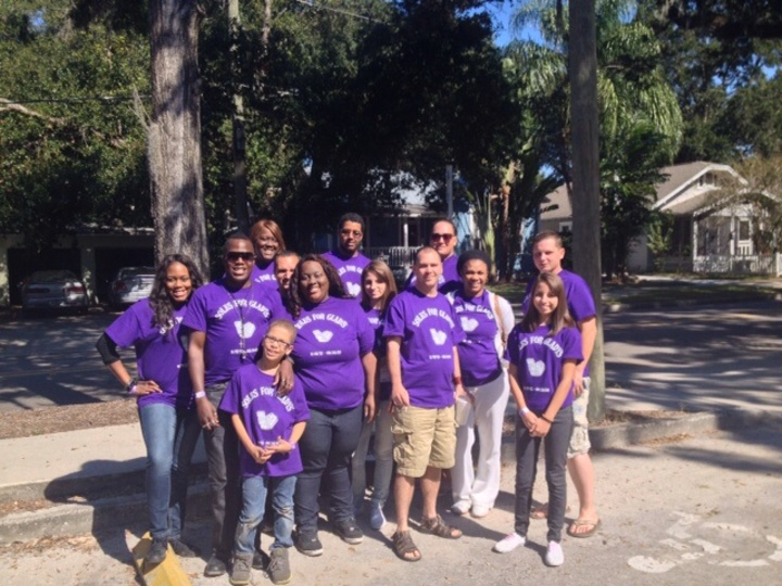 Walk To End Alzheimer's  T-Shirt Photo