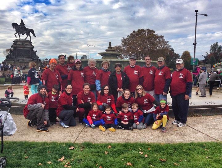 Team Delia   Race For Hope Philadelphia T-Shirt Photo