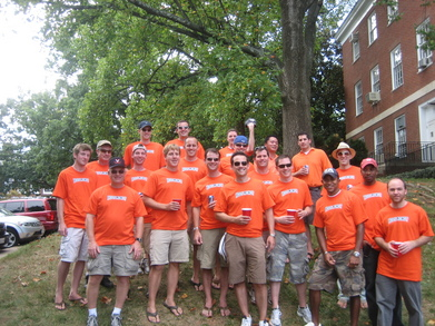 Hoos Mono T-Shirt Photo