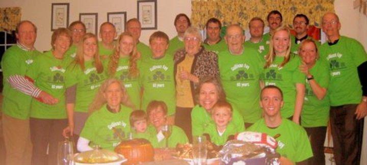 Grandma And Pop Pop  60 Years T-Shirt Photo