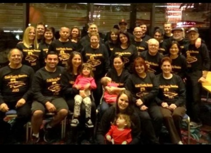 Gold Las Vegas Family Reunion T-Shirt Photo