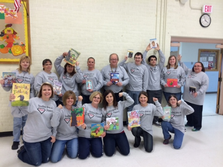 Reading Month Teachers T-Shirt Photo