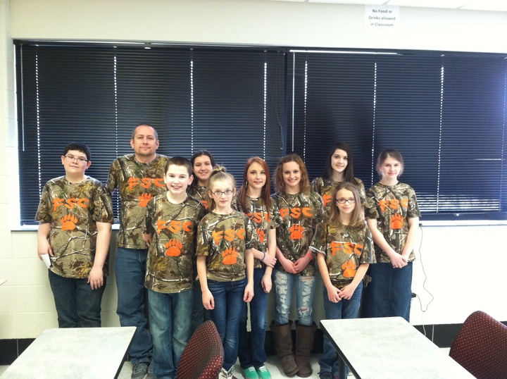 Frakes Bears Science Olympiad Team  T-Shirt Photo