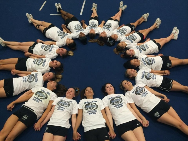 United Elite Hurricanes  T-Shirt Photo