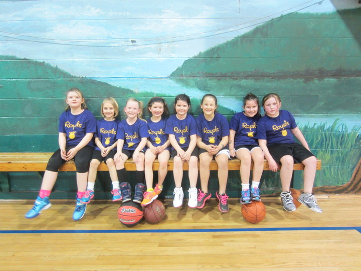 Royals 2nd Grade Girls Basketball T-Shirt Photo