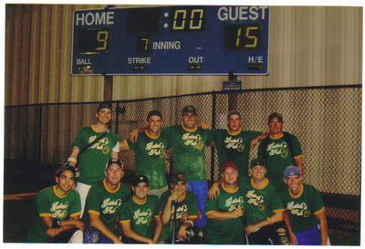 Hutch's Pub Sofball Team T-Shirt Photo