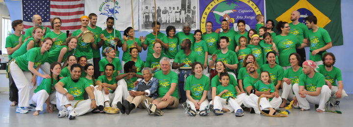 Capoeira Arte Antiga Batizado 2014 T-Shirt Photo
