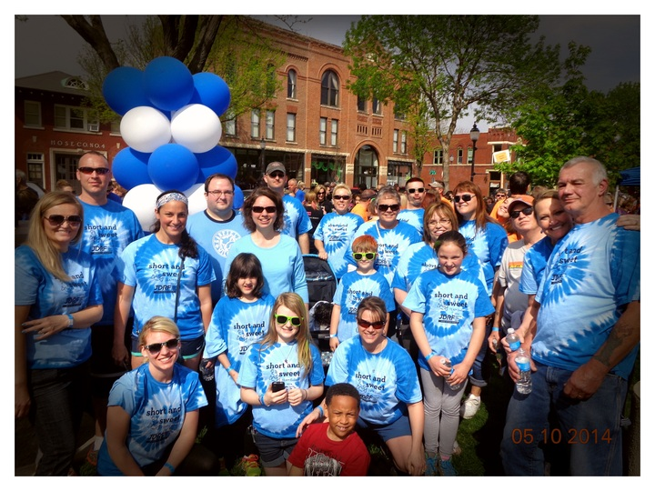 Short And Sweet  Jdrf Walk For The Cure 2014 T-Shirt Photo