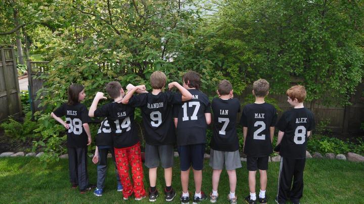 Max & Friends T-Shirt Photo