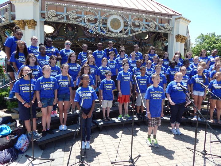 Clayton Ms Choir   Performance In The Park T-Shirt Photo