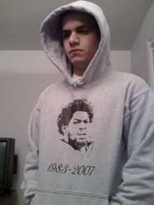Sean Taylor Commemerative Sweater T-Shirt Photo