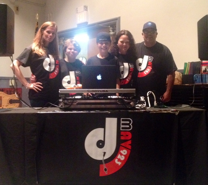 Dj Mav 923 T-Shirt Photo