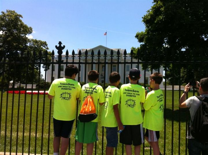 Team Sam At The White House! T-Shirt Photo