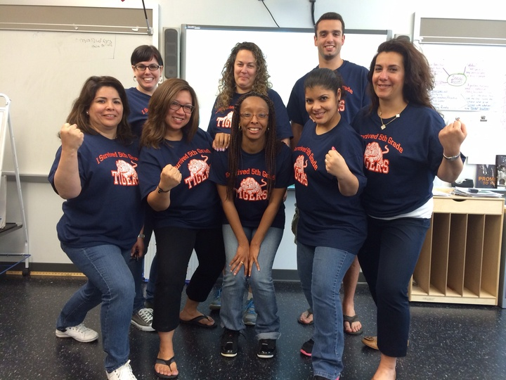 Tiger Teacher Power T-Shirt Photo