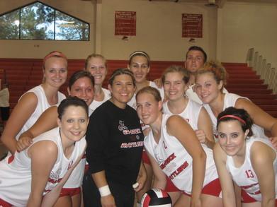 Uw Rock Womens Volleyball Team 2007 T-Shirt Photo