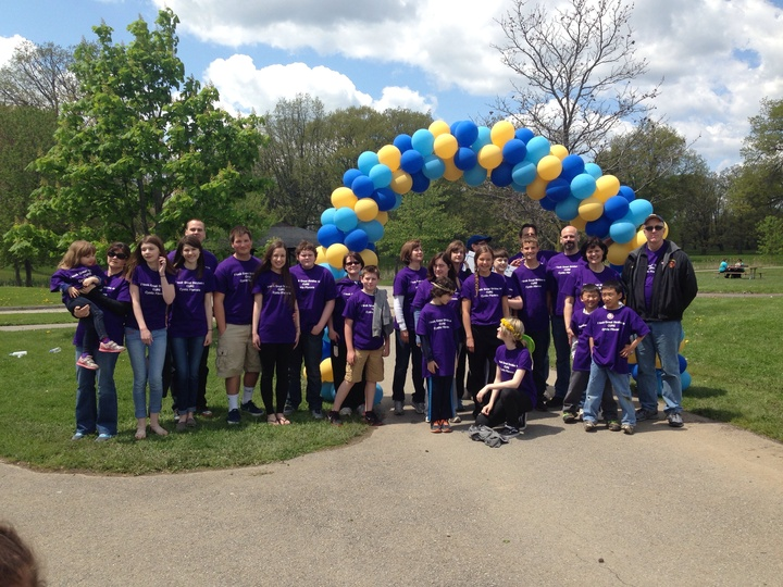 Hart Family Great Strides To Cure Cystic Fibrosis T-Shirt Photo