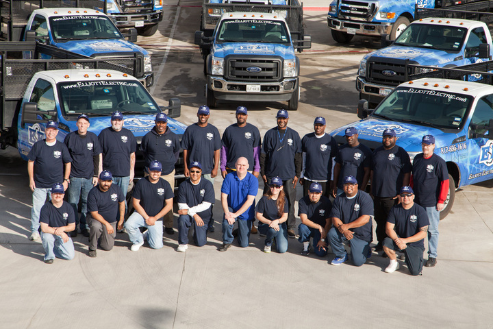 Dfw Delivery Drivers T-Shirt Photo