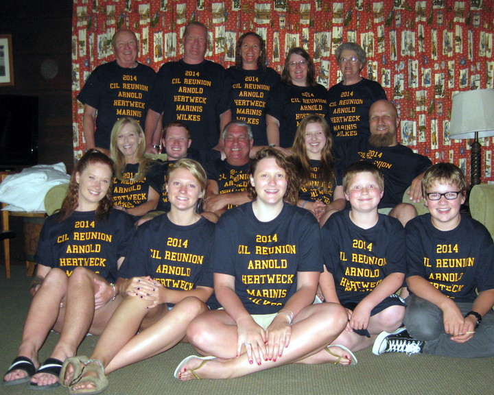 Cil Reunion T-Shirt Photo