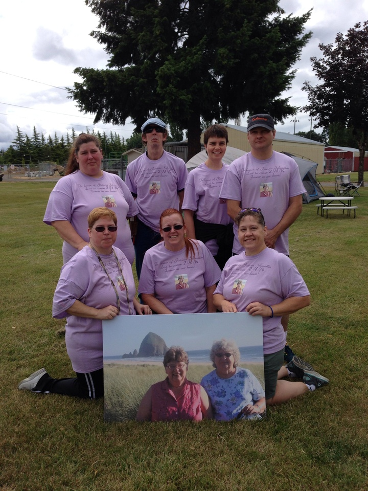 Pat's Brats   Relay For Life T-Shirt Photo