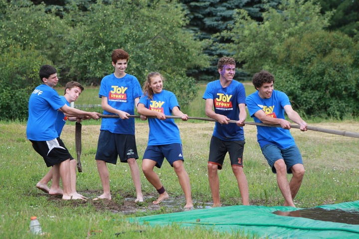 Wow Camp Tug Of War T-Shirt Photo