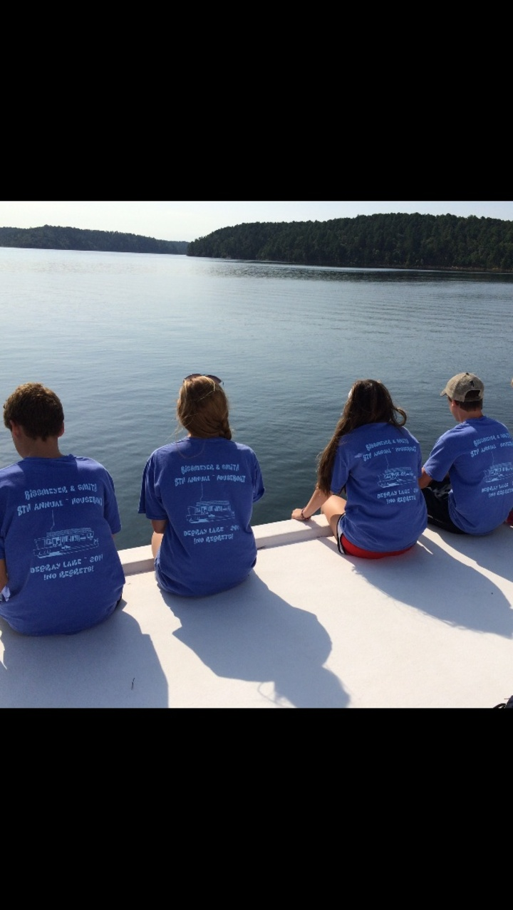 Houseboat Chillin On Degray Lake, Arkansas T-Shirt Photo