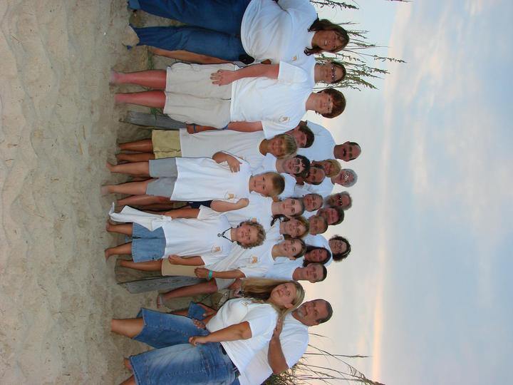 Family Reunion 2006 T-Shirt Photo