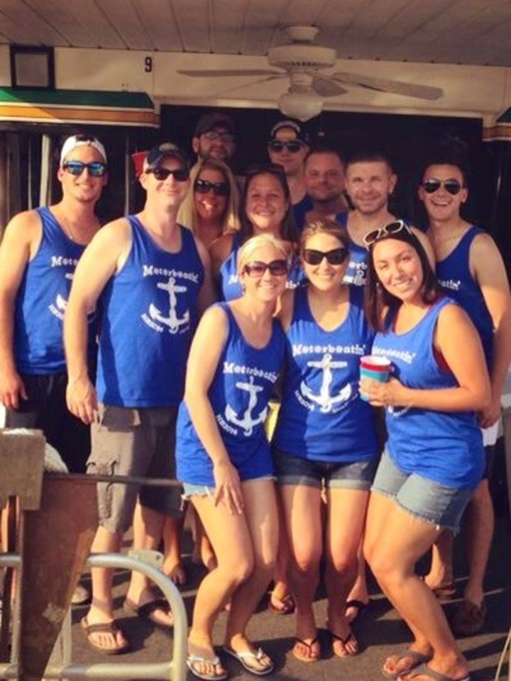 Motorboatin' Houseboat 2014 T-Shirt Photo