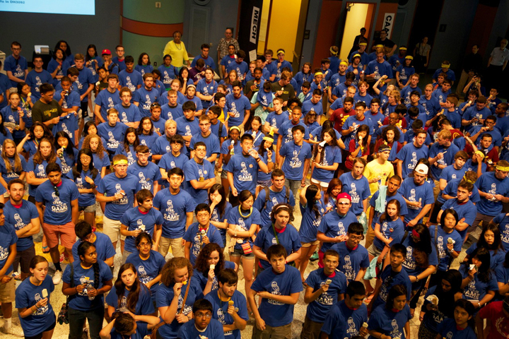 Freshmen Engineers At Rice University O Week T-Shirt Photo