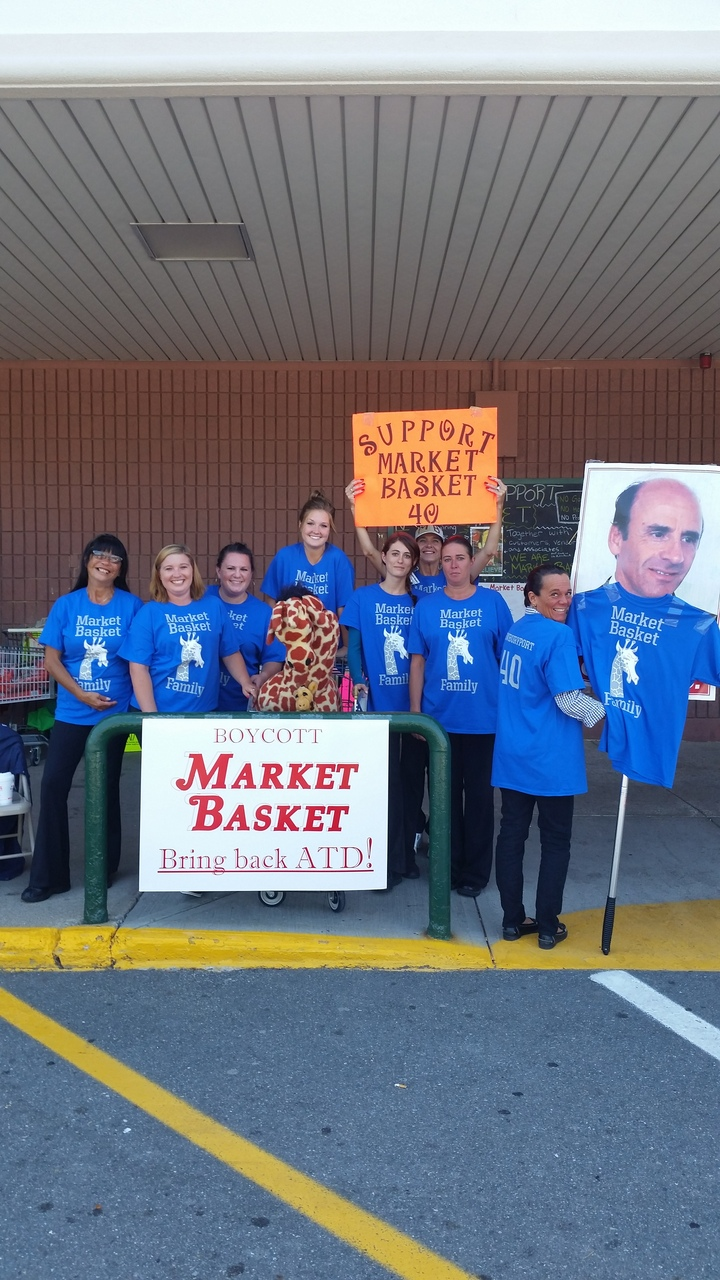 Mb Family 40 T-Shirt Photo