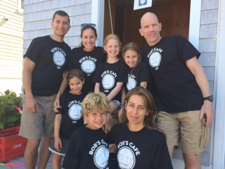 Bob's Cafe T-Shirt Photo