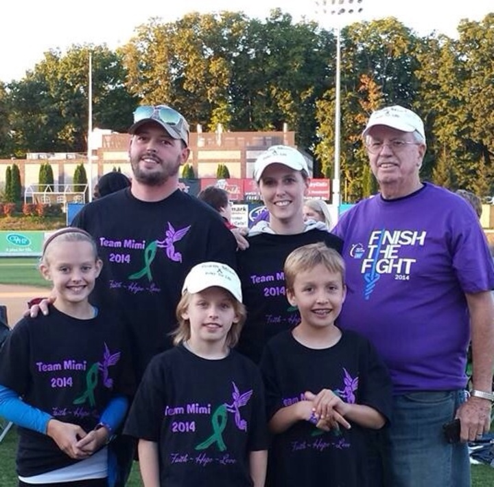 Team Mimi  Relay For Life T-Shirt Photo